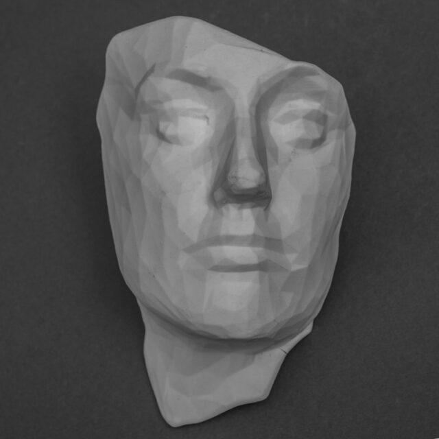 aurpegia-plato-porcelana